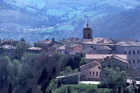 Genga, veduta del borgo (2482 clic)