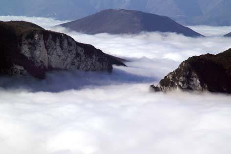 Genga, veduta della Gola di Frassasi (2508 clic)