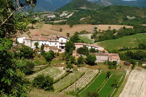 Genga, veduta della frazione di Avenale (2747 clic)