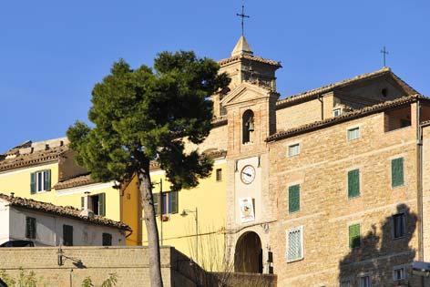 Mergo, veduta del borgo - MERGO - inserita il 13-May-09