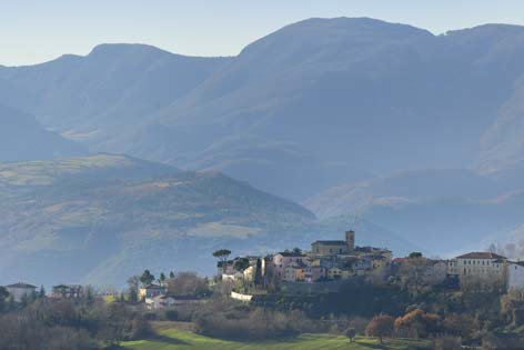 Mergo, veduta del borgo (2227 clic)
