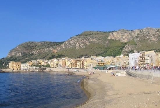 La Spiaggia di Aspra (6083 clic)