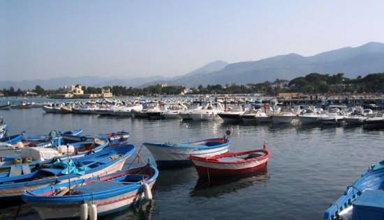Barche dal molo - Mondello (5416 clic)