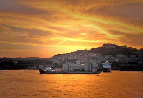 Molo del Porto di Napoli (27700 clic)