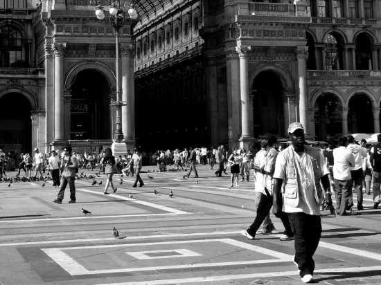 In direzione ostinata e contraria - Milano (2149 clic)