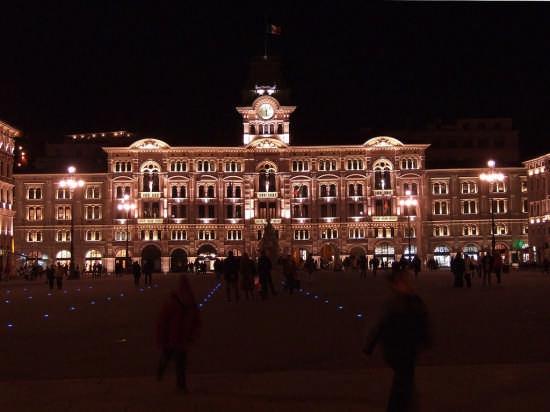 Trieste, Piazza Unità d'Italia (6446 clic)