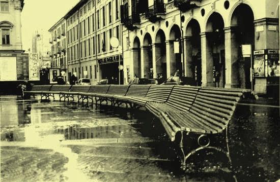 ACCOMODATI E RIFLETTI - Torino (3048 clic)