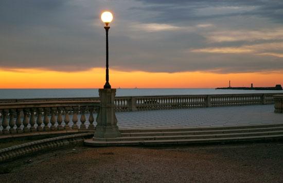 Tramonto alla Terrazza Mascagni - Livorno (6924 clic)