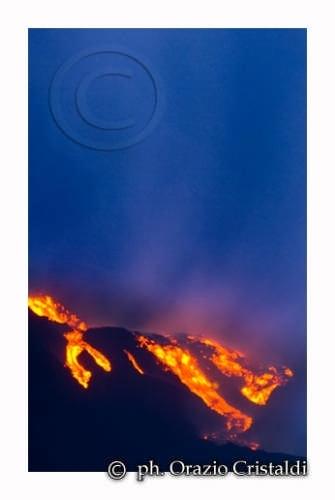 eruzione dell'etna  (3040 clic)