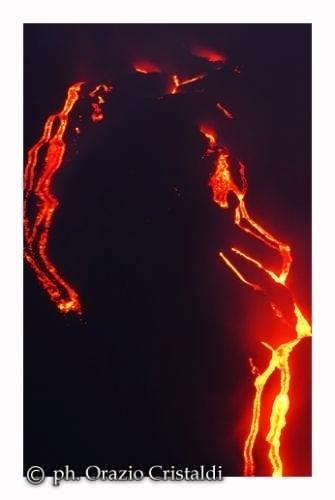 eruzione dell'etna  (2944 clic)