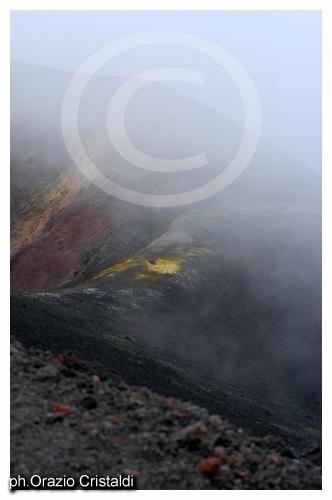 i nuovi crateri che si sono formati nel 2001 - Etna (2342 clic)