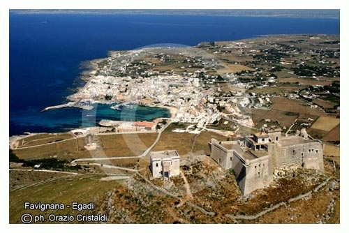 favignana e il castello di santa caterina  (7685 clic)