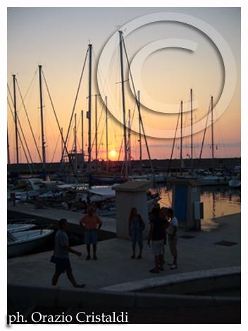 tropea  il nuovo porto turistico (2174 clic)