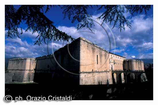 il castello - L'aquila (2306 clic)