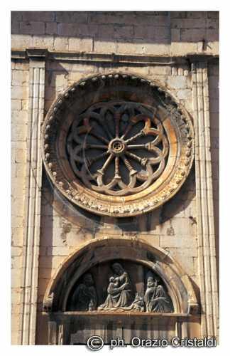 chiesa S.M. di Rojo sec.XVI - L'aquila (2145 clic)