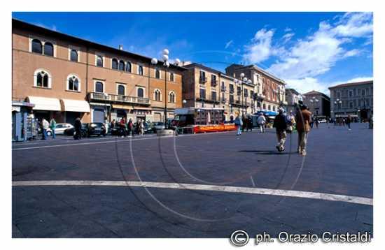 piazza duomo - L'aquila (3894 clic)