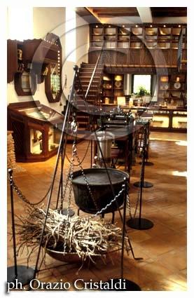 museo della liquirizia azienda amorelli - Rossano (3335 clic)