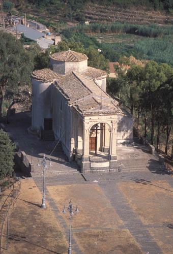 vista aerea del santuario - Militello in val di catania (3994 clic)