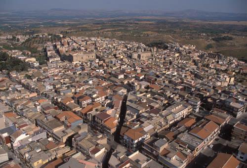 vista aerea della città - Militello in val di catania (4954 clic)