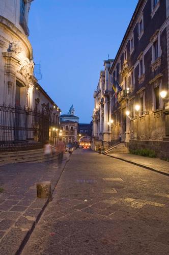 via crociferi - Catania (2685 clic)