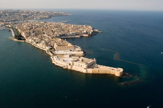 veduta aerea dell'isola di ortigia - Siracusa (7949 clic)