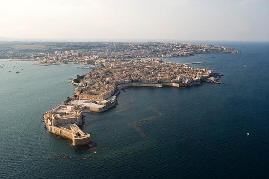 veduta aerea dell'isola di ortigia - Siracusa (7158 clic)