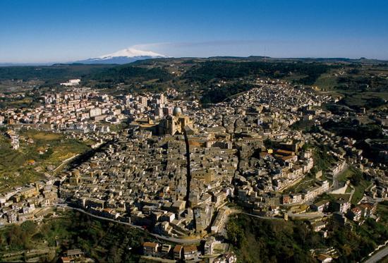 vista aerea di piazza armerina (3904 clic)