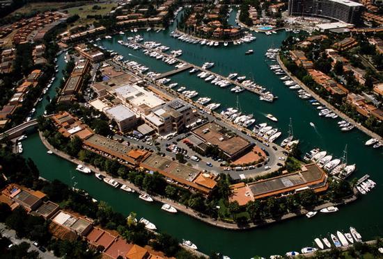vista aerea del villaggio portorosa - Marina di patti (5935 clic)