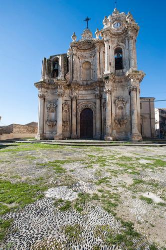 la chiesa di sant'antonino  - Ferla (1278 clic)