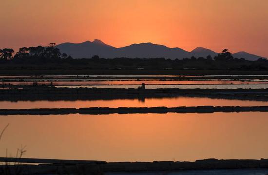 tramonto sulle saline ettore e infersa - Marsala (2899 clic)