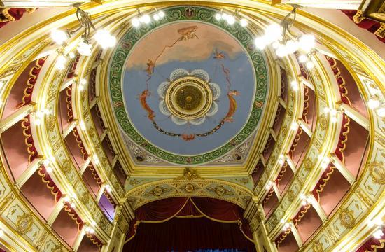 teatro vittoria colonna (4937 clic)