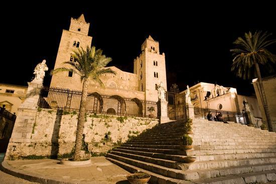 la cattedrale di cefalù, di notte (4318 clic)