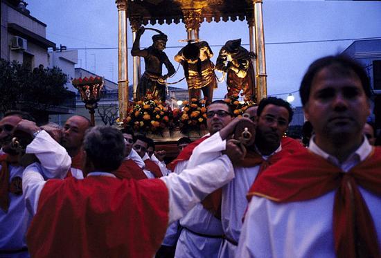 ispica, processione del cristo alla colonna  (4549 clic)