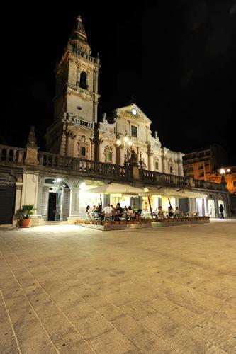 piazza san giovanni - Ragusa (1609 clic)