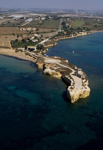 porto ulisse - Santa maria del focallo (3469 clic)