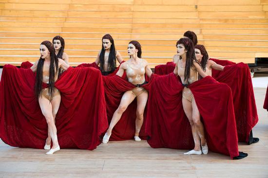 le baccanti dell'edizione 2012 al teatro greco - Siracusa (5587 clic)