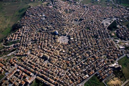 vista aerea della città  - Grammichele (5920 clic)