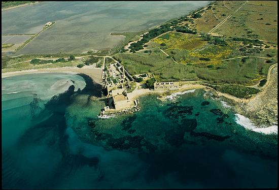 vista aerea della tonnara e della torre - Vendicari (2122 clic)