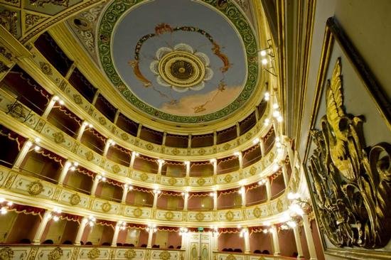 interno del teatro vittoria colonna | VITTORIA | Fotografia di luigi nifosì