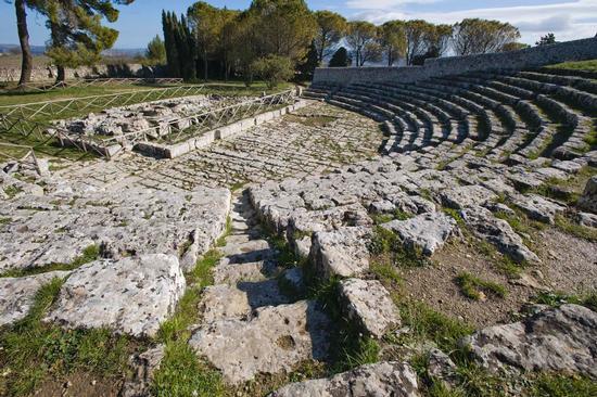 veduta del teatro greco di Akrai, Palazzolo Acreide (3941 clic)