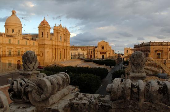 la cattedrale di San Nicola a Noto (6595 clic)