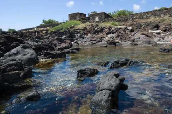 la costa a suvaky - Pantelleria (2366 clic)