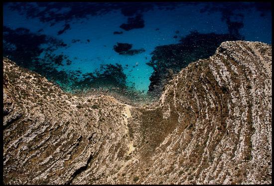 il mare e la costa di lampedusa (3531 clic)
