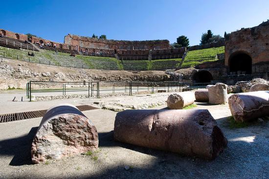 il teatro greco - Taormina (1498 clic)