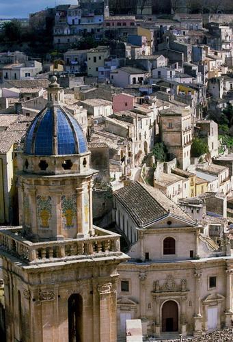 il campanile della chiesa dell'itria e le anime del purgatorio - Ragusa (3614 clic)