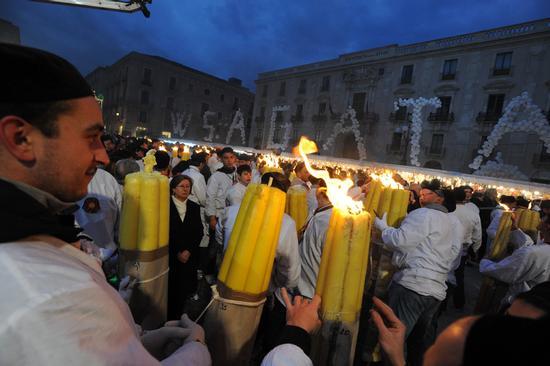 una fase della festa di sant'agata - Catania (7541 clic)