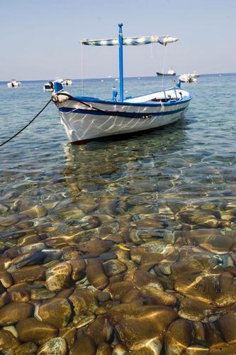 il mare di filicudi (2487 clic)