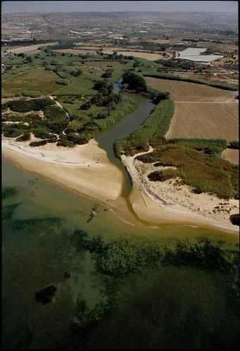 la foce del fiume Irminio, vista dall'alto - Playa grande (2696 clic)