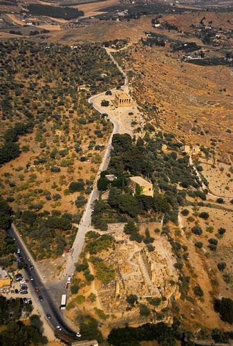 agrigento, valle dei templi, veduta aerea (4969 clic)