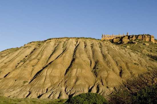 valle dei templi, calanchi e tempio di giunone - Agrigento (4637 clic)